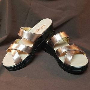 Brand New Alegria Rose Gold Leather Sandals